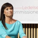 Innovationsministeren fik tirsdag overrakt Ledelseskommissionens anbefalinger på pressekonfrence i Mærsk Tårnet på Nørrebro, der foruden pressefolk var fyldt med formænd for diverse lederforeninger og repræsentanter fra faglige organisationer.