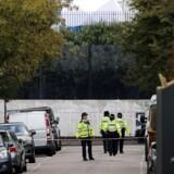 Mistænkt underholdt i London.