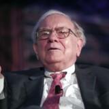 Den amerikanske milliardær Warren Buffett har haft en dårlig hånd med sine investeringer i 2015.