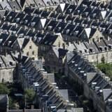 Boligejere i hele landet kan glæde sig over stigende huspriser, men især i Århus og København kan boligejerne gnide sig i hænderne.