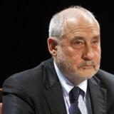 Nobelprisvinderen Joseph Stiglitz har i protest forladt et udvalg, som skal komme med forslag til at reformere Panamas finanssektor.