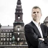 »I forbindelse med mandagens konference – »Produktionens Dag 2016« – fastslog Løkke, at han er parat til at indlemme endnu et initiativ i den erhvervspolitiske offensiv, han forsøger at løbe i gang,« skriver Berlingskes politisk kommentator, Thomas Larsen.