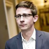 Den nye skatteminister Karsten Lauritzen (V) nedlægger Pensionskommissionen.