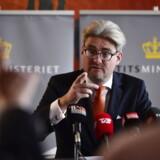 Justitsminister Søren Pind i afhildet pressemøde fredag den 2. oktober vedrørende nye oplysninger i Tibet-sagen. Pressemødet finder sted i
