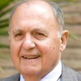 Paolo Savona var som industriminister i 1990erne selv med til at forberede indførelsen af euroen. Men i mellemtiden har den 81-årige økonom, der er favorit til posten som finansminister i Italiens nye regering, mildest talt skiftet mening om den fælles mønt.