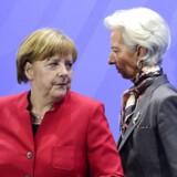 Den tyske forbundskansler Angela Merkel og IMFs topchef Christine Lagarde