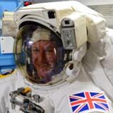 Den britiske astronaut Tim Peake forbereder sig på rumstationen.
