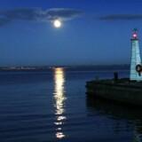 Månelys over Øresund ved Humlebæk natten til lørdag den 30. oktober ved sommertids ophør
