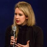Den tidligere ombejlede amerikanske iværksætter Elizabeth Holmes er af det amerikanske justitsministerium blevet anklaget for at stå bag milliardsvindel.