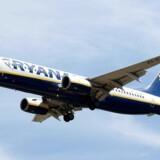 Tusindvis af Ryanair-afgange vil blive aflyst de kommende uger, har selskabet meddelt. Forbrugerrådet Tænk opfordrer passagerer til at stå fast på sine rettigheder.