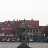 Torvet er det helt centrale sted i Køge, og det var her, at en 14-årig cyklist var søgt hen. Scanpix/Dennis Lehmann/arkiv