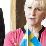 Sveriges udenrigsminister, Margot Wallström - her i selskab med sin danske kollega, Kristian Jensen - er under mistanke for korruption.