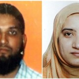 Syed Farook og Tashfeen Malik (billedet) fik angiveligt våbnene udleveret af deres nabo, Enrique Marquez.