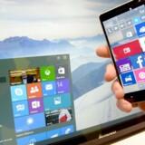 Windows 10 er det første styresystem fra Microsoft, som bliver ens på tværs af alt udstyr: PCer, tavle-PCer, mobiltelefoner og Xbox-spillekonsollen. Men der er knas med privatlivsindstillingerne. Arkivfoto: Peter Steffen, EPA/Scanpix