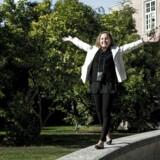 Dina Plesner blev landets første transplantationspatient i 2010, som blev reddet af stamceller fra importerede navlesnore. Efter et barskt forløb er hun nu helbredt og har for alvor kastet sig ud i livet.