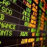 Arkivfoto. De asiatiske aktier mister trods mandagens rekorder på Wall Street de sidste dages positive momentum, hvor kursfald i især Tokyo tirsdag morgen er blevet forstærket af usikkerhed om fremtiden for den problemramte Toshiba-koncern.