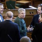 Alternativets politiske leder, Uffe Elbæk, vil pege på sig selv som statsminister ved det kommende folketingsvalg. »Hvis jeg skal tage Alternativets politik alvorligt, og hvis jeg skal tage mig selv alvorligt som politiker, så er det her det rigtige at gøre,« siger han til Politiken.