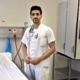 Læge Ayhan Al Kole arbejder på Aalborg Sygehus og er imod omskæring af drenge.