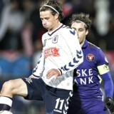 AGF - FC Midtjylland , Alka Superliga, Ceres Park, Aarhus: AGFs Jesper Lange mod FC Midtjyllands Erik Sviatchenko (C)