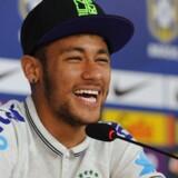 Neymar melder sig klar til kampen mod Colombia