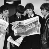 The Beatles under deres besøg i Danmark, hvor Jimmie Nicol (yderst til venstre) var vikar for bandets trommeslager Ringo Starr.
