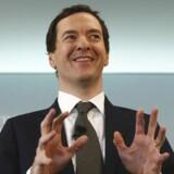 Den britiske finansminister, George Osborne, har sat et mål om at sænke selskabsskatten til 15 pct., mens Storbritannien forbereder sig på at forlade Den Europæiske Union, som et flertal af de britiske vælgere har stemt for. Det skriver Financial Times ifølge Bloomberg News.