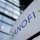 Sanofi begrunder nedturen med, at det har tabt to kontrakter med indkøbsforeningerne CVS og UnitedHealthcare.