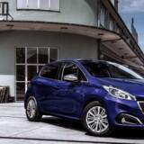 Den franske minibil Peugeot 208 står igen som den mest populære bilmodel i Danmark i maj med et salg på 958 styk