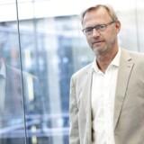Private bankkunder kommer måske også til at betale for at have penge stående i banken, siger Anders Dam, direktør i Jyske Bank.
