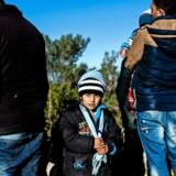 EU og Tyrkiet mødtes mandag i Bruxelles for at diskutere flygtninge- og migrationskrisen, samt tyrkernes ønske om at kunne rejse ind i EU uden visum. De mange syriske flygtninge på grænsen til Syrien var en varm kartoffel i forhandlingerne. Foto: Bulent Kilic/AFP.