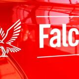 Falck-logo på brandbil hos Falck i Ballerup.