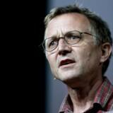 Formand for Danmarks Lærerforening, Anders Bondo Christensen, dumper en ny rapport fra Danmarks Evalueringsinstitut (EVA), der viser, at folkeskolens 10. klasse ikke øger sandsynligheden for, at eleverne senere gennemfører en ungdomsuddannelse.