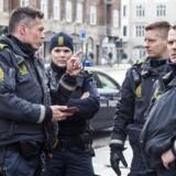 18-årig fra Albanien er anklaget for at have forsøgt at dræbe 69-årigt offer ved røveri i København.