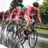 EM Landevejscykling, Herning, linjeløb elie, herrer , 6.august : Lars Bak ude på ruten i regnvejr. (foto: Henning Bagger / Scanpix 2017)