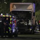 Omkring kl. 22.30 torsdag aften pløjede en hvid lastbil gennem en menneskemængde i Nice. Folkemængden var samlet på hovedgaden Promenade des for at fejre den franske nationaldag, Batilledagen.