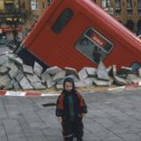2001: BT: Metro-tog kørt op på Rådhuspladsen i København.