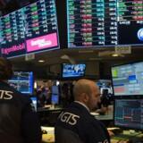 Aktier: Dow og S&P i rekord trods Trump støtte til dollar