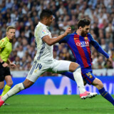 Lionel Messi stod for to mål, da Barcelona slog Real Madrid 3-2 i El Clasico. Scanpix/Gerard Julien