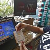 En lottospiller i Massachusetts har ramt de vindertal, der udløser den største lottogevinst i USA's historie.H