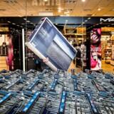 Shoppingsæsonen blev fredag skudt i gang med Black Friday, men svindlere udnytter forbrugsfesten.