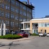 Diagnostisk Center ved Regionshospitalet i Silkeborg er lige nu ved at omorganisere modtagelsen af piger, som er blevet henvist af deres læger til videre udredning og behandling efter at have fået en HPV-vaccine. På landsplan gælder det for 810 piger, og det er langt flere, end regionerne havde forventet, viser et rundspørge, Berlingske har foretaget.