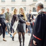 Til årets immatrikulationsfest for nye studerende fredag den 30. august gav rektor Ralf Hemmingsen det største antal håndtryk i Københavns Universitetets historie, da 7966 studerende bliver budt velkommen på Frue Plads.
