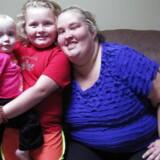 Fra TV-serien »Here Comes Honey-Boo-Boo« - fra venstre lillsesøster, Honey-Boo-Boo og Mama June. © TLC / Courtesy: Everett Collection