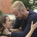 Jonatan Spang er kommet i betænkeligheder, efter at en hjerneskadet pige (Amalie Dollerup) har kastet sin kærlighed på ham. Foto fra »Lillemand«