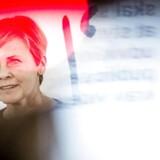 Kulturminister Mette Bock (LA) og Dansk Folkeparti skal tirsdag diskutere en vidtgående model for, hvordan der kan flyttes millioner af kroner fra medier i hovedstaden til medier i provinsen.