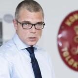 Skats øverste direktør, Jesper Rønnow Simonsen, beskyldes for at have givet forkerte oplysninger om sagen om svindel med udbytteskat
