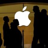 iPad- og iPhone-producenten Apple har ifølge de italienske myndigheder overført penge fra salg i Italien til Irland for at betale mindre i selskabsskat. Arkivfoto: Jewel Samad, AFP/Scanpix