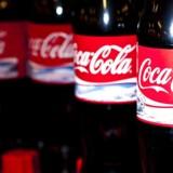 Amerikanske Coca-Cola tjente en smule mere end ventet i årets andet kvartal