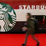 Starbucks åbner i samarbejde med Dansk Supermarked sin første selvstændige butik i Danmark.