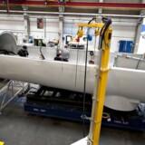 Det skal undersøges, om vindmøllegiganten lever op til sin kronesmiley, efter ansatte er blevet kronisk syge. Arkivfoto: Siemens Wind Power - Brande.